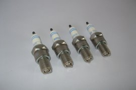 Spark plugs Bosch Platinum W4-DP0 for G40 and G60