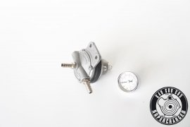 Fuel pressure regulator / fuel pressure regulator adjustable with pressure gauge