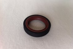 Oil seal / Simmerring Camshaft, intermediate shaft, crankshaft G40 / PY engine